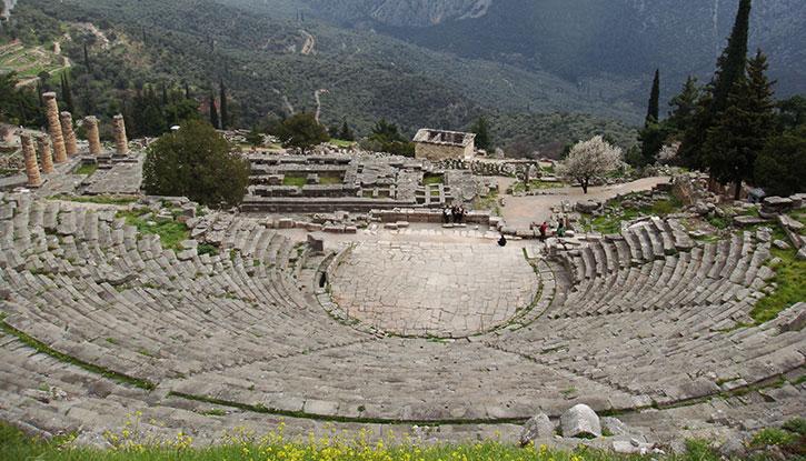 Vista di Delfi